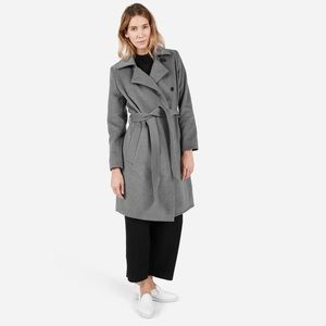 Everlane The Wool Cashmere Trench in Gray